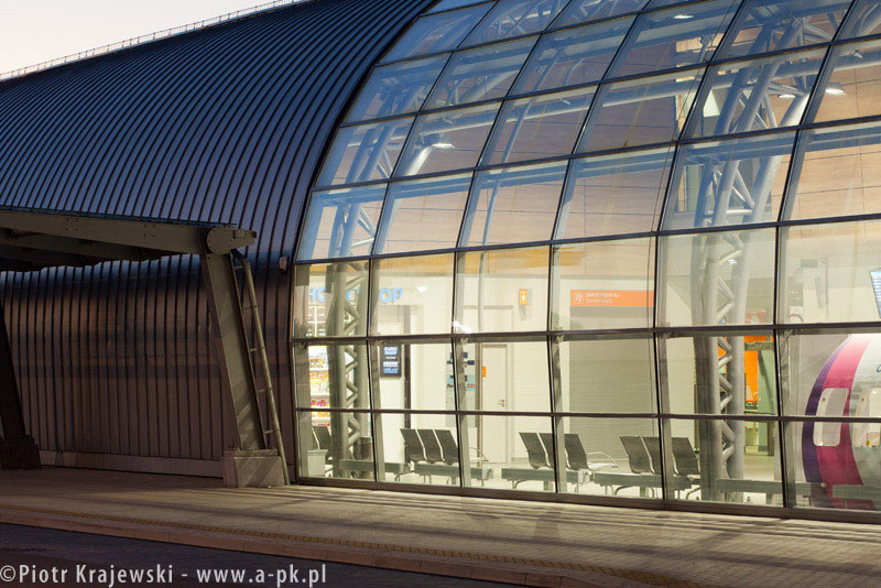 Terminal lotniczy w Modlinie