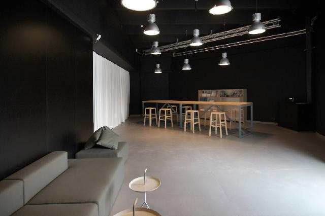 Showroom Maximum w Castellarano we Włoszech. Projekt: medusa group