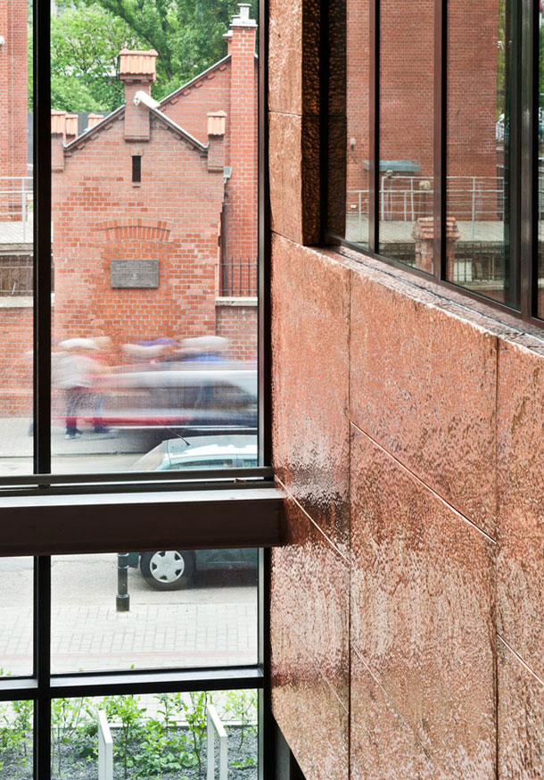 Biurowiec przy ulicy Grzybowskiej w Warszawie - Grupa 5 Architekci. Zdj. Marcin Czechowicz