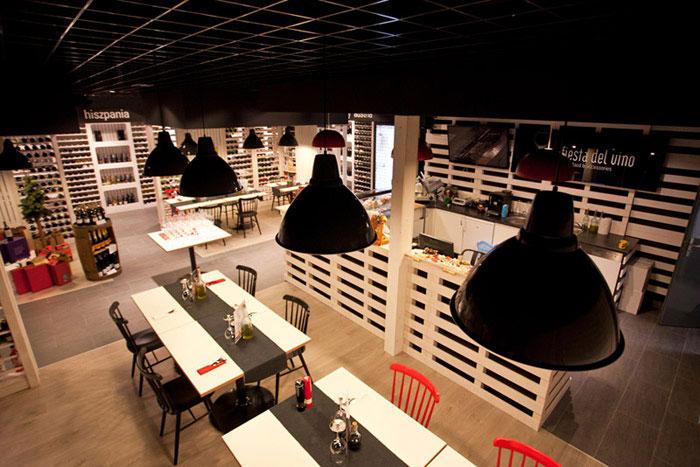 Fiesta Del Vino Wine Bar. Projekt: mode:lina architekci