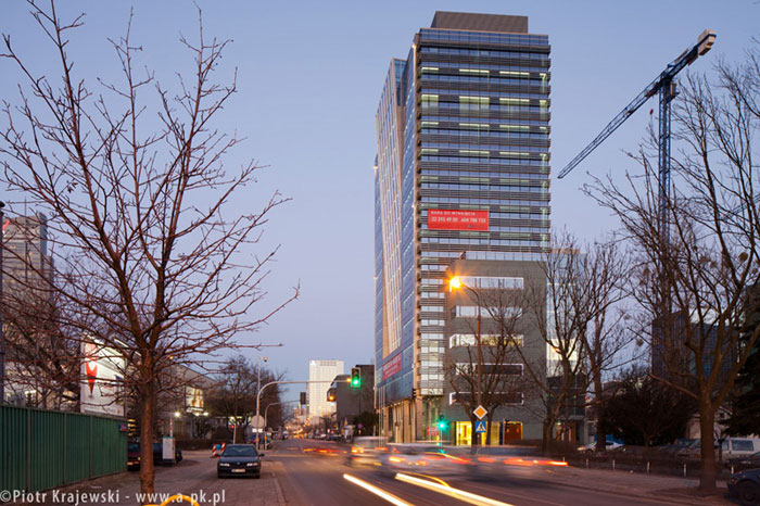 """Biurowiec """"Concept Tower"""" w Warszawie. Zdjęcia: Piotr Krajewski"""