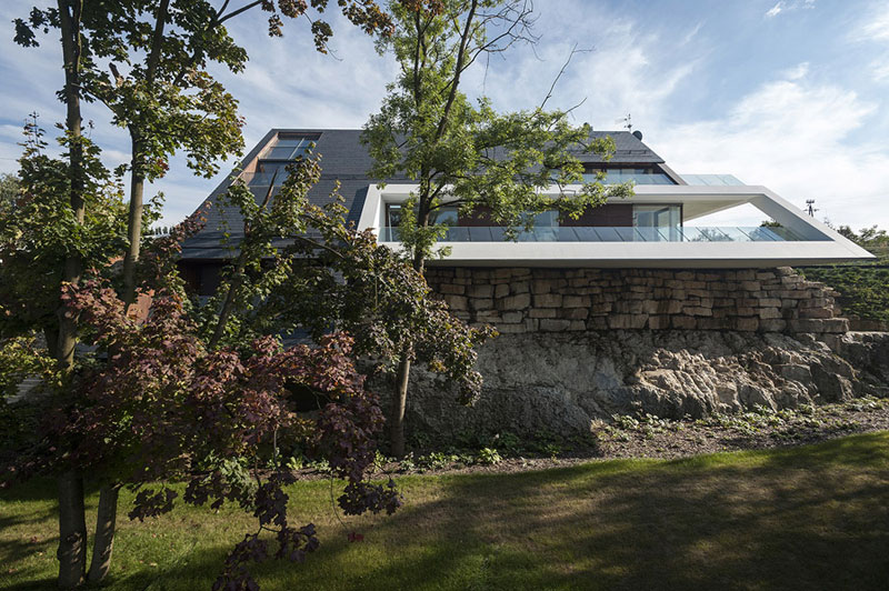 Edge House w Krakowie. Projekt: Przemek Olczyk Mobius Architekci
