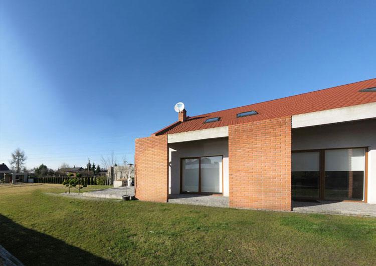 Projekt przebudowy domu w Piotrkowie Trybunalskim. Pracownia: Reform Architekt