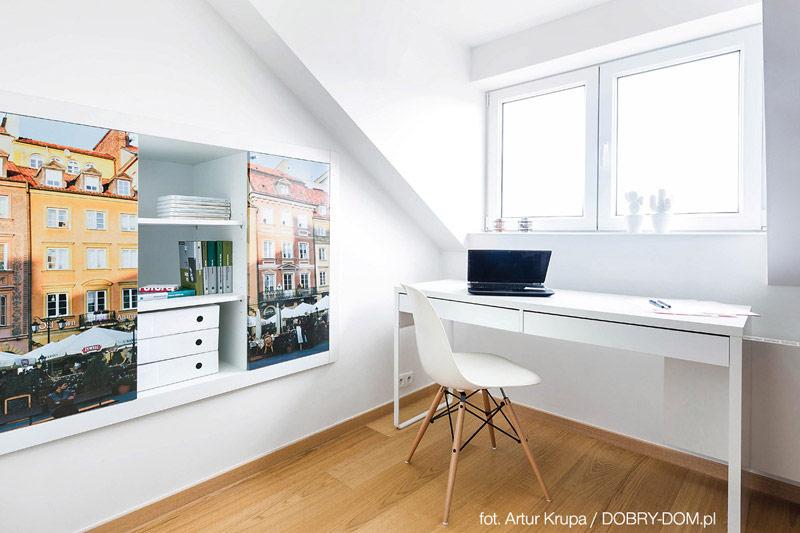 Wnętrza mieszkania na poddaszu warszawskiej kamienicy. Projekt: Cat Inside