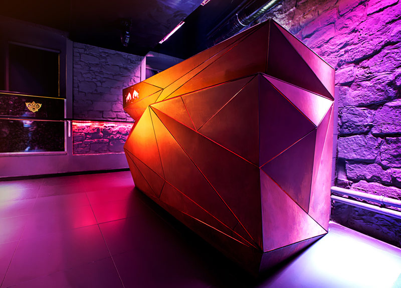 Cooler Club. Architektura wnętrz: Musk Collective Design