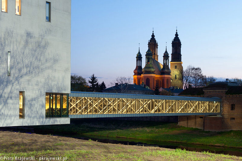 Brama Poznania ICHOT. Zdjęcia: Piotr Krajewski