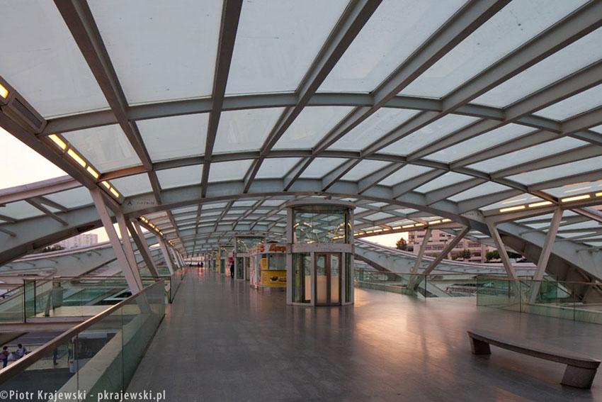 Dworzec kolejowy Lisboa Oriente. Projekt: Santiago Calatrava. Zdjęcia: Piotr Krajewski