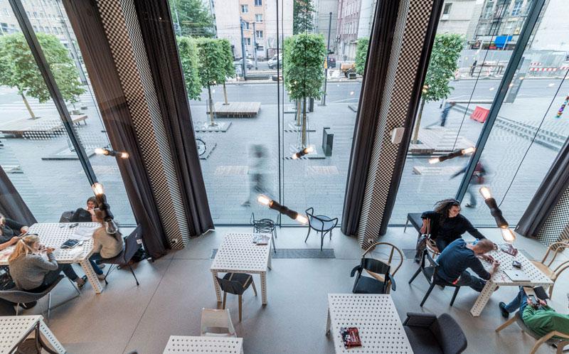 Przebudowa baru BARBARA we Wrocławiu na siedzibę Europejskiej Stolicy Kultury. Projekt: Major Architekci