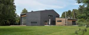 Dom jednorodzinny w Bądzyniu zaprojektowany przez pracownię Domagało Wnuk Architekci