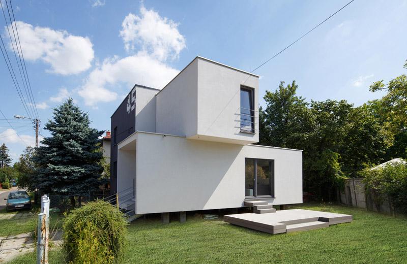 Dom Cube-2-box - przebudowa domu z lat 70. Projekt: Zalewski Architecture Group