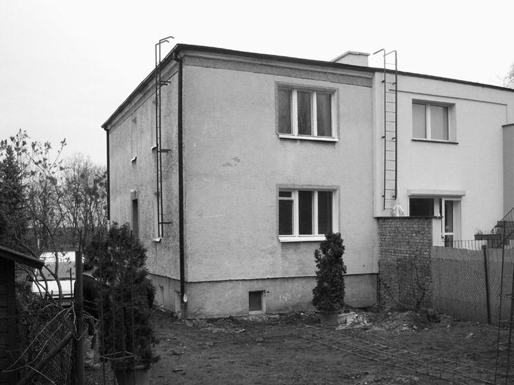 Dom z Wycinanką. Projekt przebudowy domu z lat 70-tych. Autorzy: Piotr Kluj, Paweł Litwinowicz