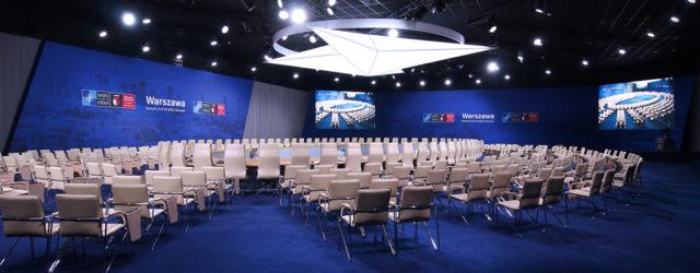 Jak wyglądał szczyt NATO 2016 w Warszawie od strony wizualnej? Projekt wnętrz oraz identyfikacji wizualnej