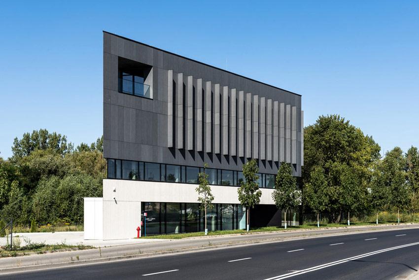 Biurowiec QUARTZ Office na poznańskim Górczynie. Projekt: Easst.com