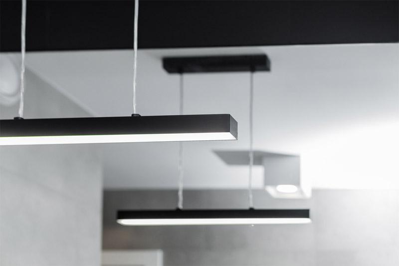 """Wnętrza mieszkania """"Linear Workflow"""". Projekt: 1MM Studio"""
