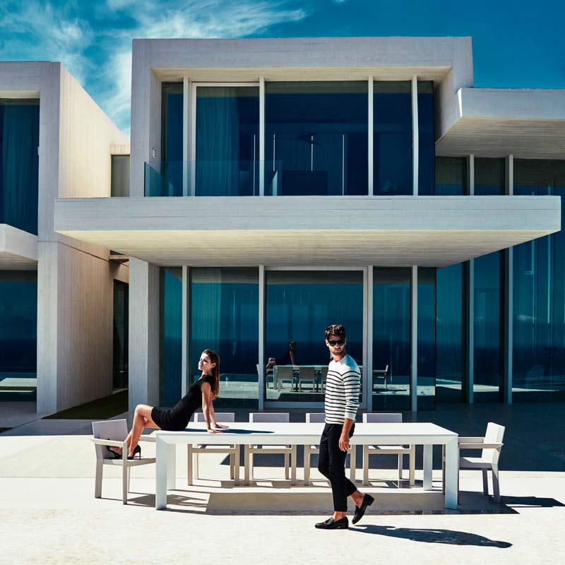 Meble outdoorowe - firmowy salon pod niebem. Bogaty asortyment sklepu EVERSPACE.