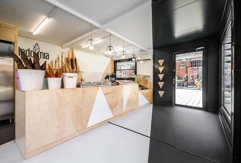 Mobilny kontener z Lodziarnią Lodovnia projektu studia mode lina™ -> Projekt Kuchnia Stary Browar Menu