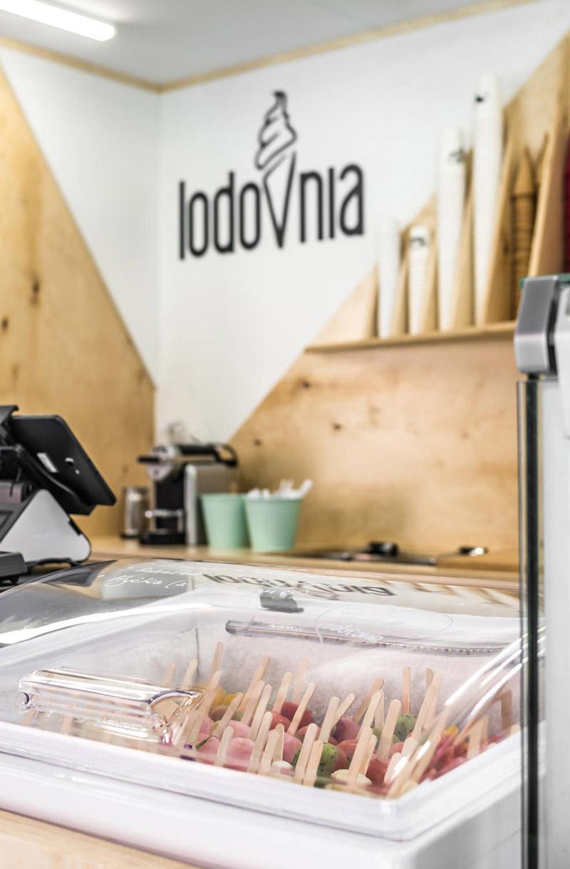 Lodziarnia LODOVNIA, Poznań, Stary Browar. Projekt: mode:lina™