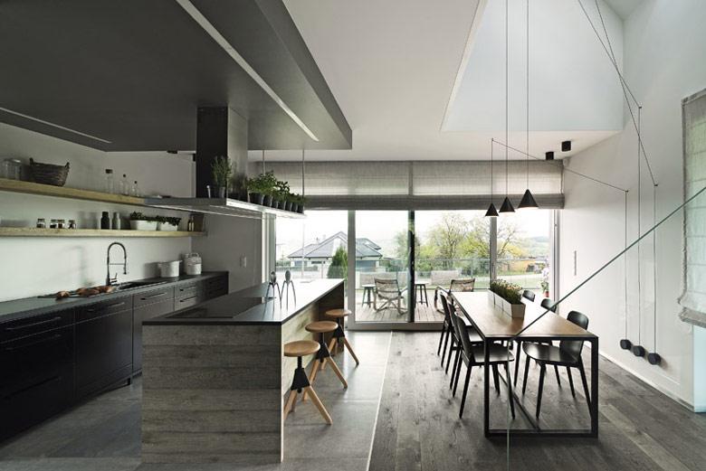 Dom z widokiem w Mogilanach. Projekt: doomo studio architektoniczne / Projekt wnętrz: Minimoo