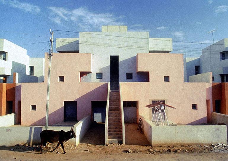 Life Insurance Corporation Housing, Ahmedabad, Indie. Zdjęcie dzięki uprzejmości VSF
