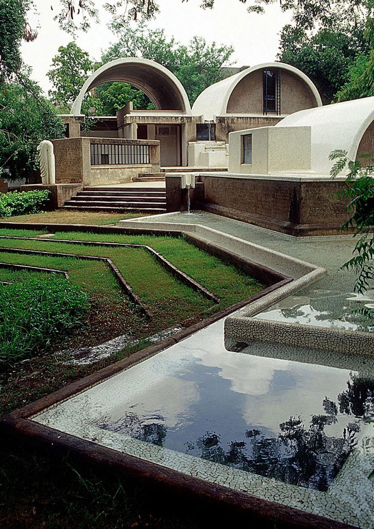 Sangath Architect's Studio, Ahmedabad, Indie. Zdjęcie dzięki uprzejmości VSF