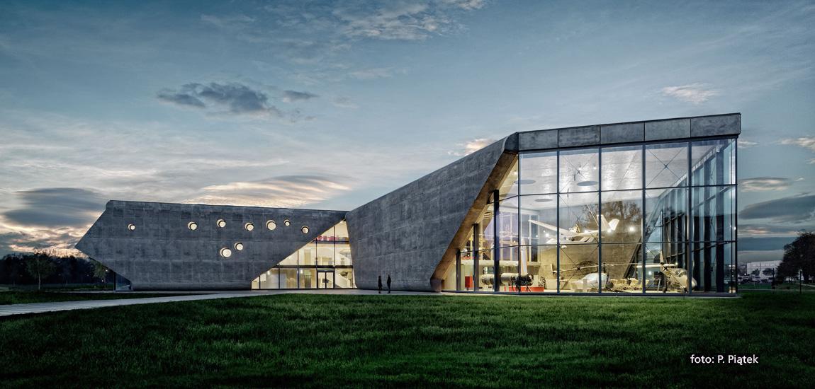 Muzeum Lotnictwa Polskiego – Projekt: Pysall.Ruge Architekten oraz Bartłomiej Kisielewski