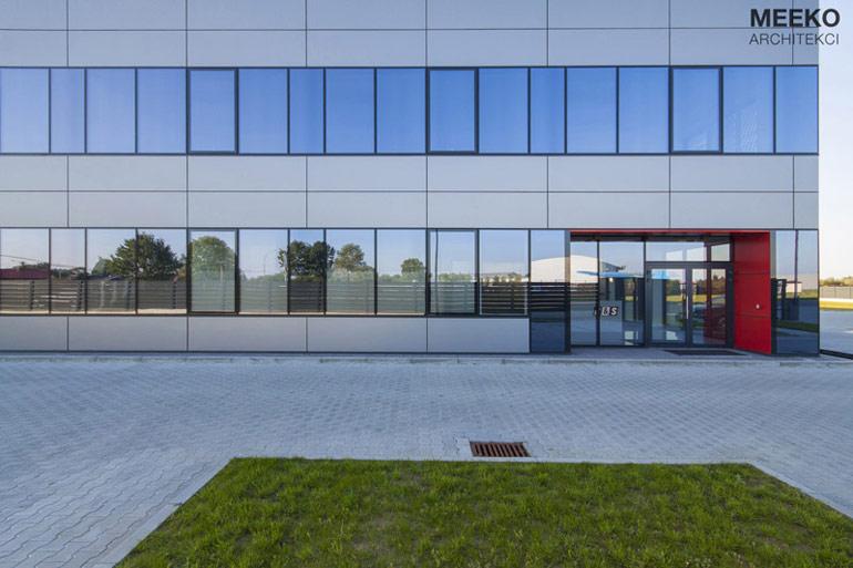 Nowa siedziba firmy R&S w Mielcu. Projekt: MEEKO Architekci