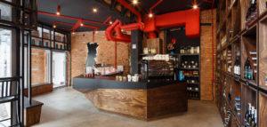 Wnętrza sklepowe również mogą inspirować – delikatesy A MESA projektu biura Czajkowski Kuźniak Architekci