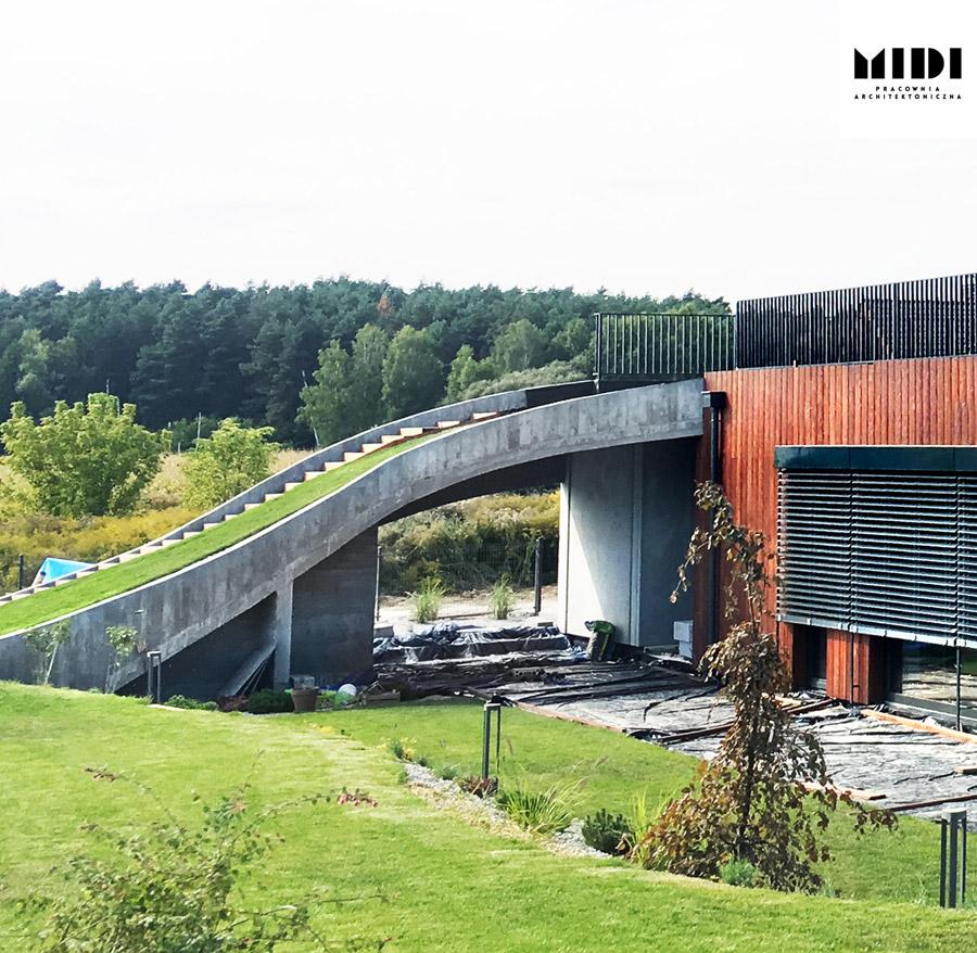 Dom wielkopolski. Projekt:MIDI Pracownia Architektoniczna. Zdjęcie:Ania Żakieta