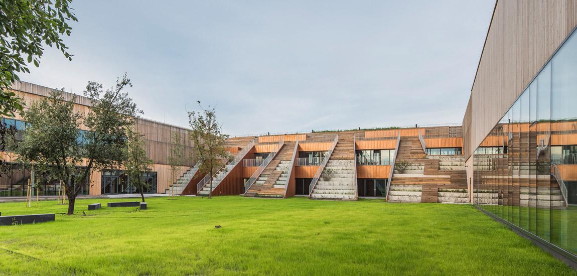 Nominacje do Nagrody im. Miesa van der Rohe 2019 – Akademeia Highschool w Warszawie