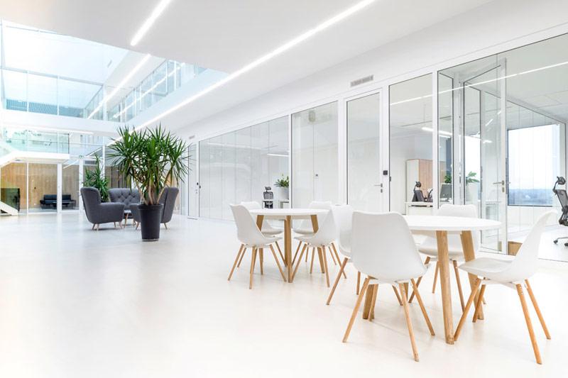 Nowa siedziba firmy PIVEXIN Technology, Babice. Projekt: MUS ARCHITECTS. Zdjęcie: Tomasz Zakrzewski