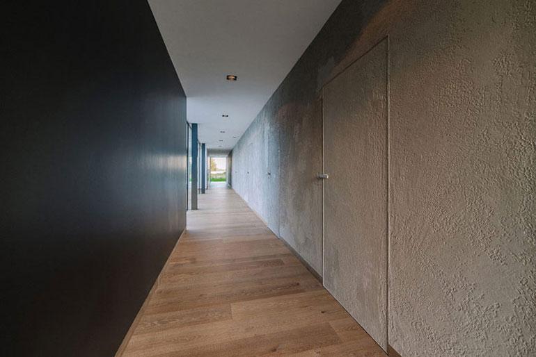 Dom Atrialny. Autorzy: Biuro projektowe maxberg – architekt Karol Nieradka. Projekt wnętrz: Oporski Architektura.