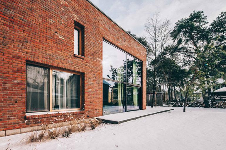 Dom Naked House w Warszawie. Projekt: Pracownia Architektoniczna MAZM. Zdjęcie: Ignacy Matuszewski