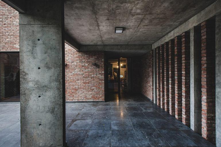 Domz recyklingu w Warszawie.Projekt: Pracownia Architektoniczna MAZM. Zdjęcia: Ignacy Matuszewski