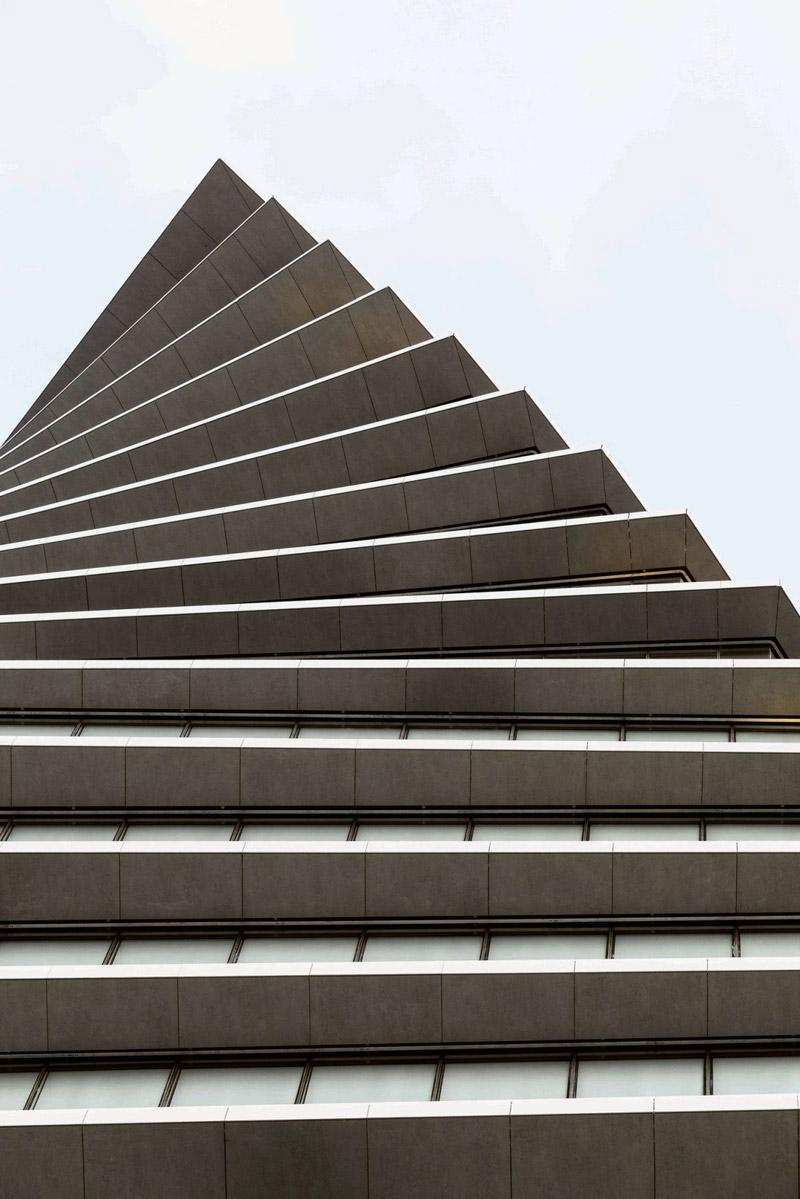 ToHa – budynek projektu Rona Arada i Avnera Yashara w Tel Awiwie