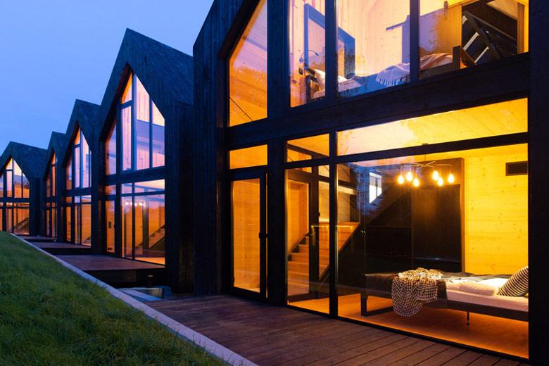 CAMPPINUS PARK Innovative Resort, Jezierzany. Architektura: Idziak-Sępkowscy ARCHITEKCI. Projekt wnętrz: mode:lina™. Zdjęcia: Studio Prototypownia
