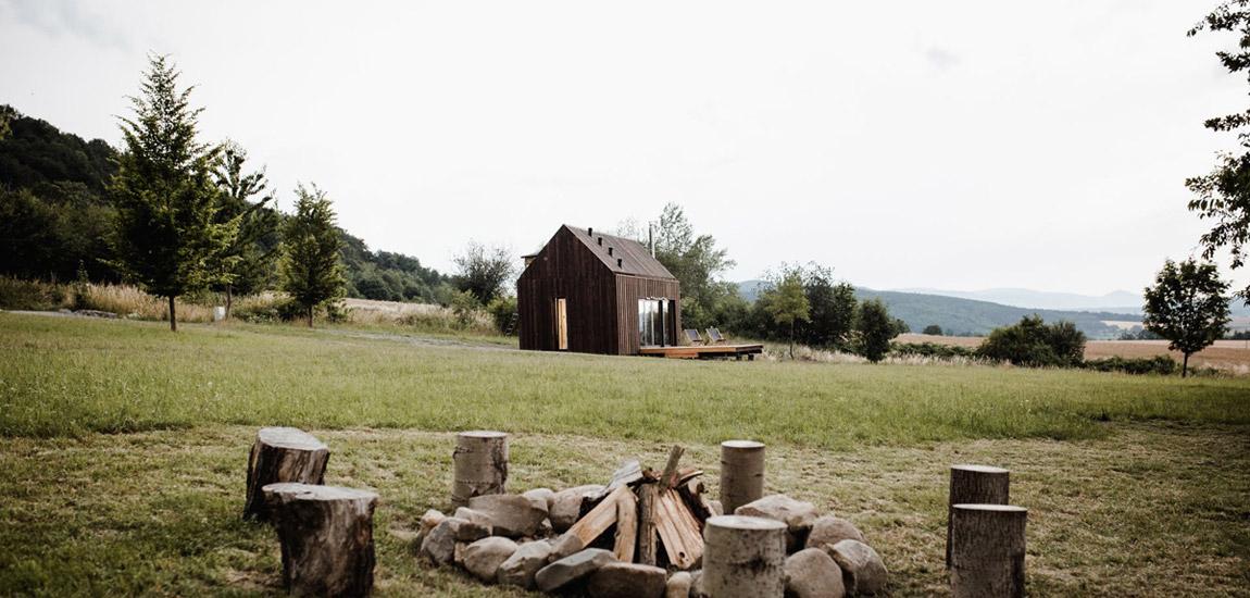 Z miłości do skandynawskiej architektury – Domek Hyttee w Sudetach