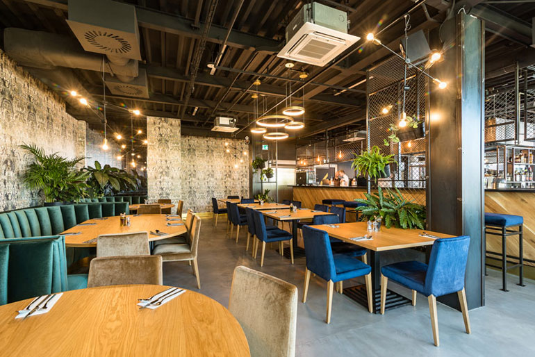 62 Bar & Restaurant, Poznań. Projekt:Q2Studio. Zdjęcia: Przemysław Turlej