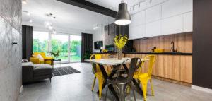 Apartament w stylu soft loft – wnętrza projektu studia Dobry Układ