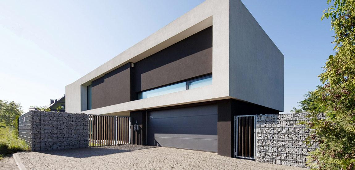 Dom z prześwitem – dom własny architekta Roberta Skitka z pracowni RS+