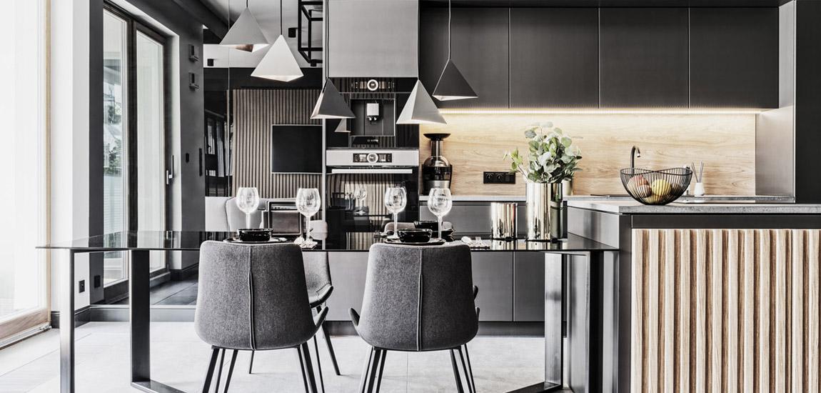 Luksusowy apartament w ciemnych tonach projektu 22pm Studio Design