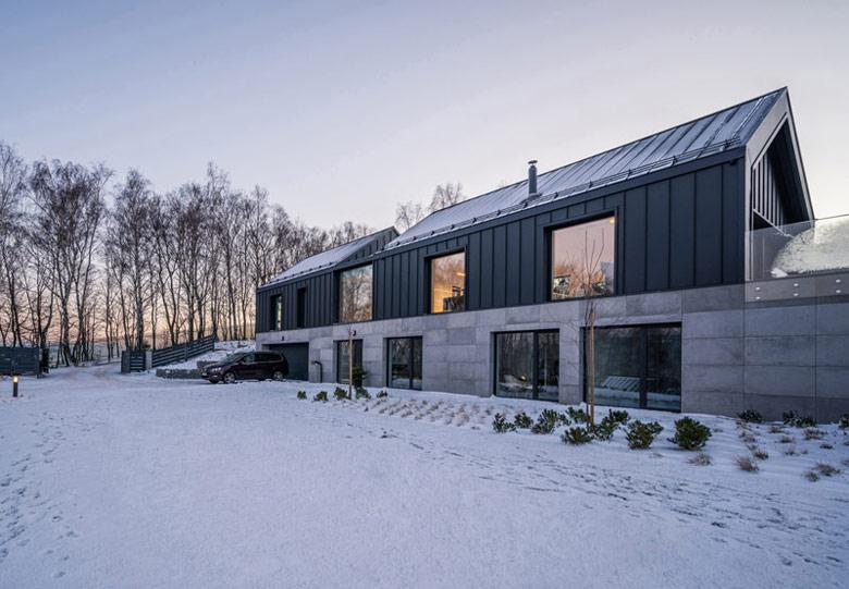 Dom w Górach, Bielsko-Biała. Projekt: Kropka Studio. Zdjęcia: Maciej Lulko
