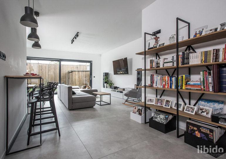 Dom na wąskiej działce. Projekt:Libido Architekci. Zdjęcia: Laik Knows Produkcja