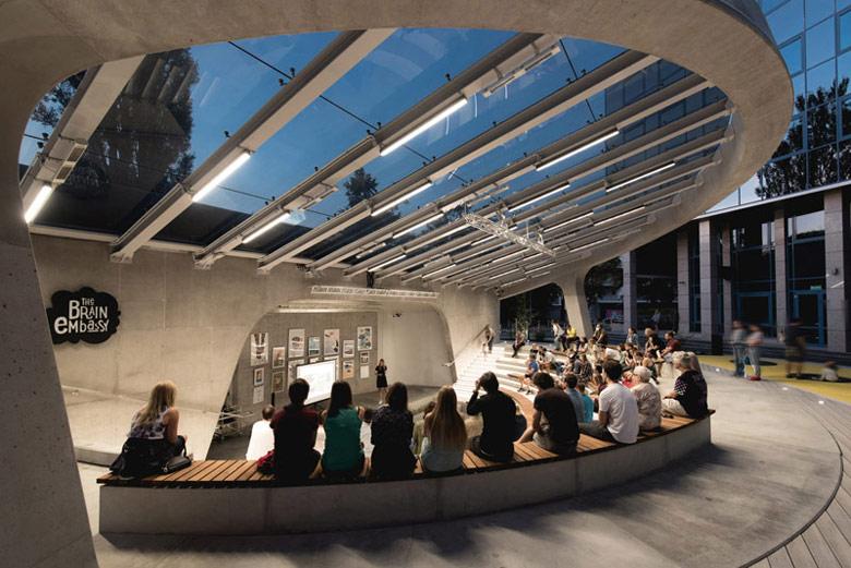 Amfiteatr Brain Embassy w Warszawie. Zdjęcia: Patryk Lewiński