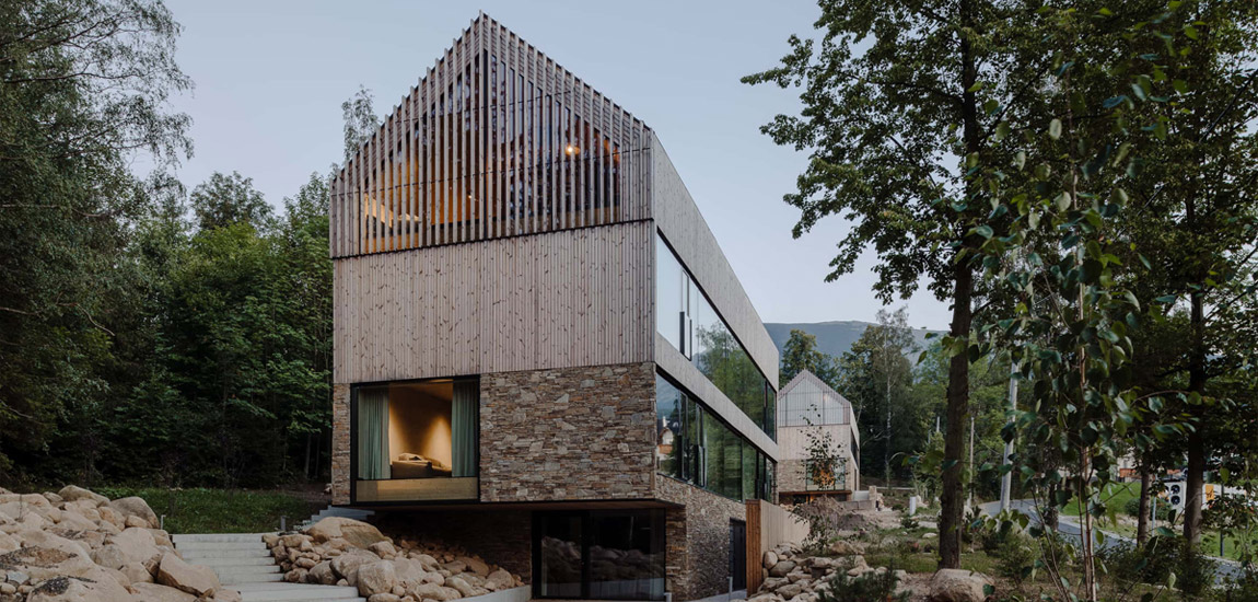 Inspirowane architekturą regionu Pensjonaty na Wilczej Porębie projektu studio de.materia