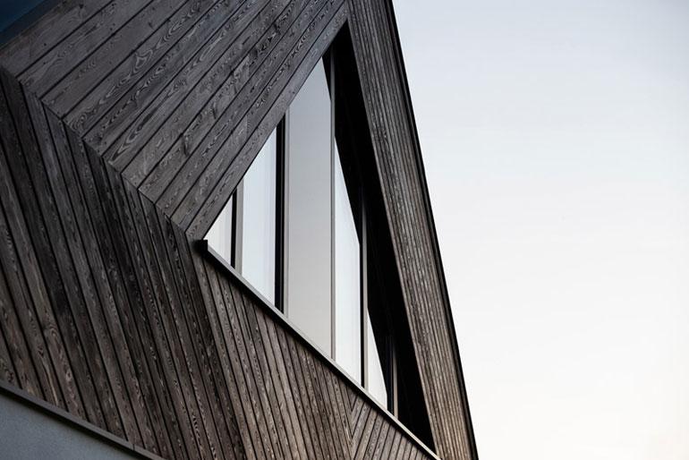 Dom mazurski. Projekt:doomo. Wnętrza: radoo architekci. Zdjęcia: Jakub Ozarek