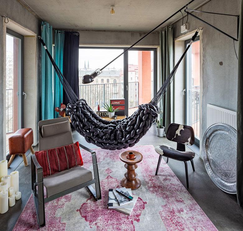 Mieszkanie Przemo Łukasika z Medusa Group. Aranżacja: Marynia Moś. Zdjęcia: Marcin Czechowicz