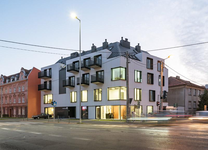 Nowy budynek mieszkalny w Poznaniu projektu EASSTARCHITECTS. Zdj. Przemysław Turlej