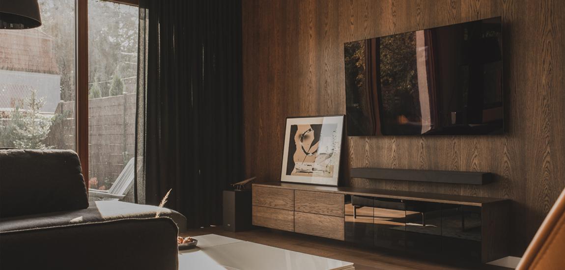 Spersonalizowany projekt mieszkania w ciepłych, miodowych odcieniach
