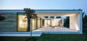 Dom z hamakiem projektu STOPROCENT Architekci