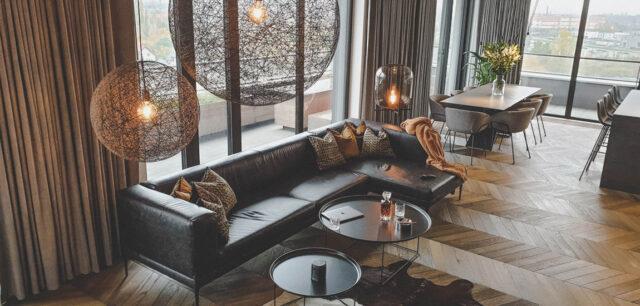 Męski apartament z aromatem drewna, skóry i koniaku
